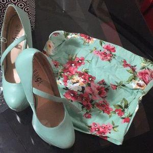 Crop top & high heels